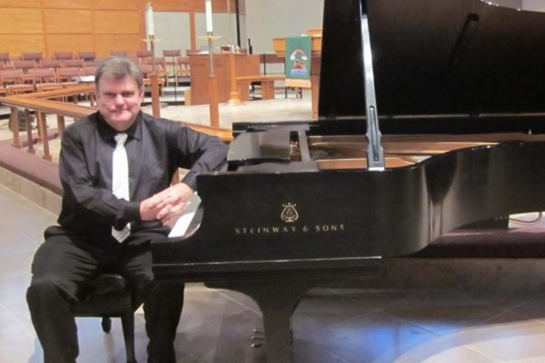 EP10: Mike Springer - The composer who's keeping piano students on track